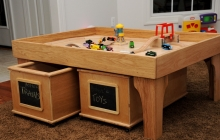 Play center with drawers
