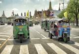 13 Tuk tuki n Bangkok main street_DSC2589