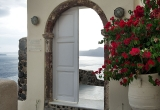 113 A door to the sea with bougainvillea DSC_0773