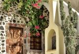 16 colorful entrance in Fira_DSC8180